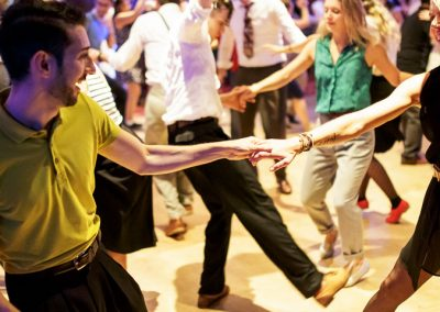 JAZZ MAD – Swing Dance for Beginners